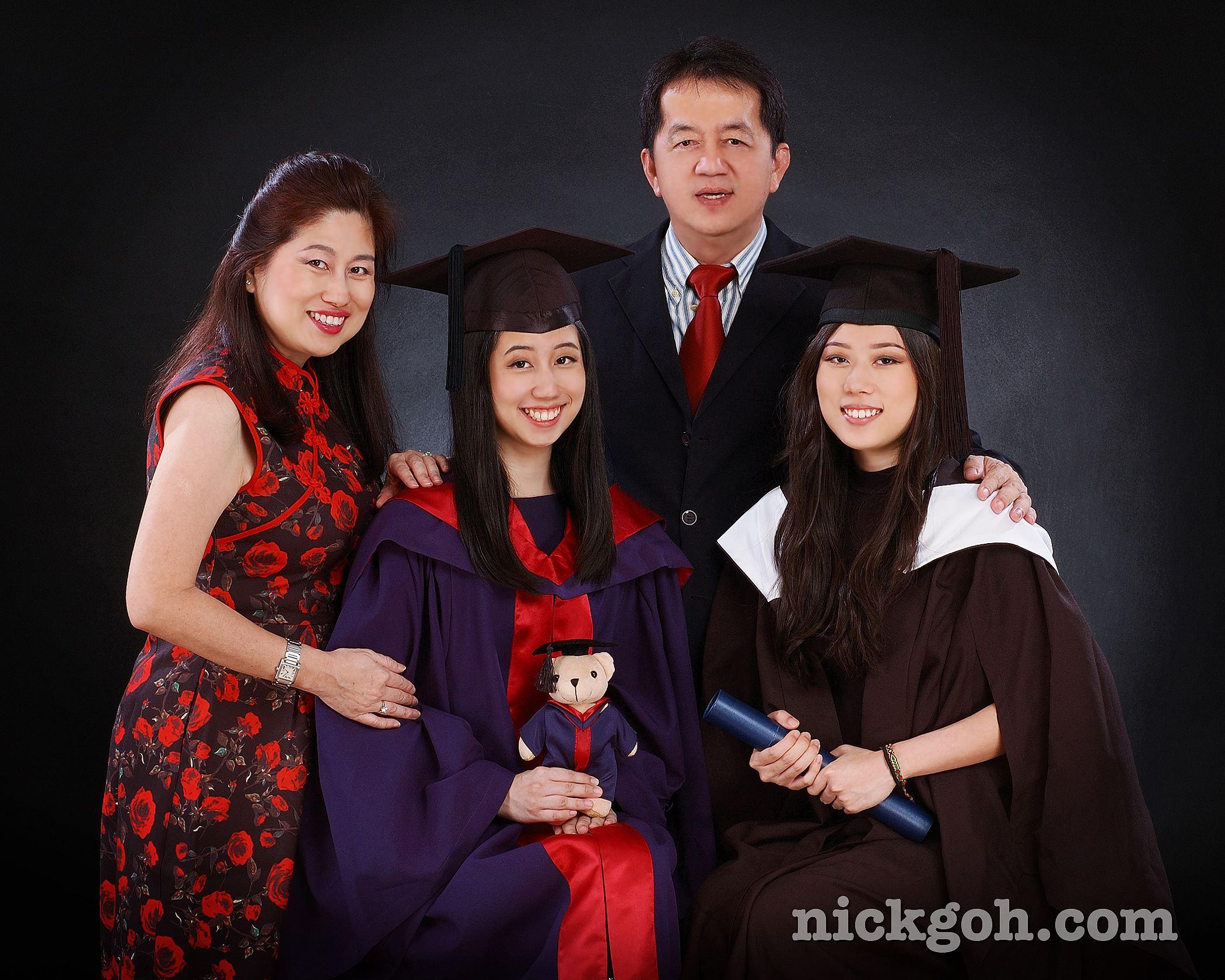Graduation Family Photography  - Nick Goh Photo Studio, Singapore